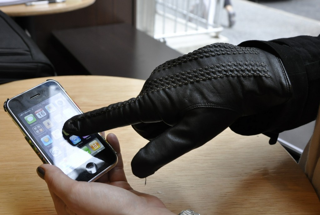 TouchTec-Guantes-iPhone