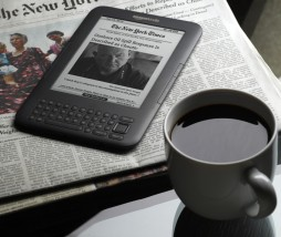 kindle-with-newspaper